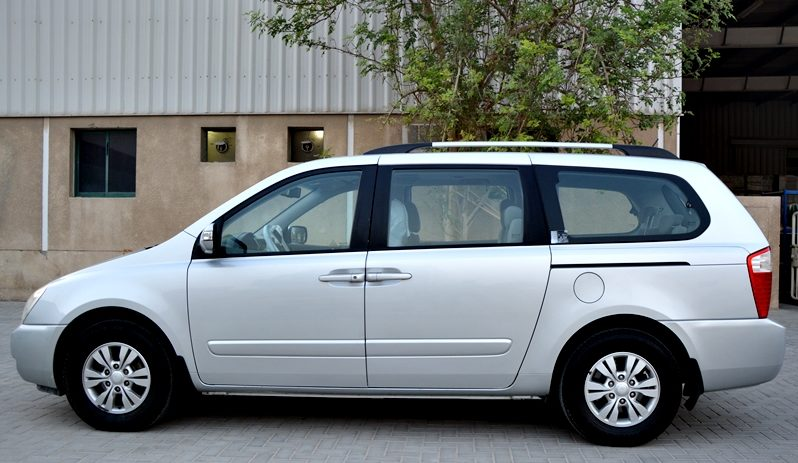 Kia Carnival 2014 7 Seater Accident free Low Milage Clean Car@0521293134 full