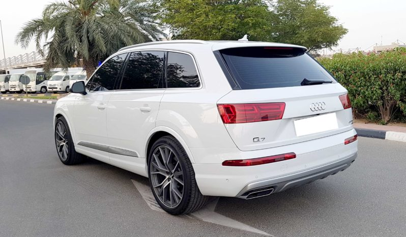 Audi Q7 Quattro – 2018 New Full Options full