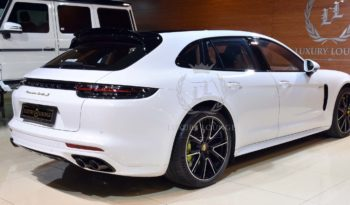 2018 PORESCHE PANAMERA TURBOs E-HYBRID EXECUTIVE GCC SPECS UNDER WARRANTY full