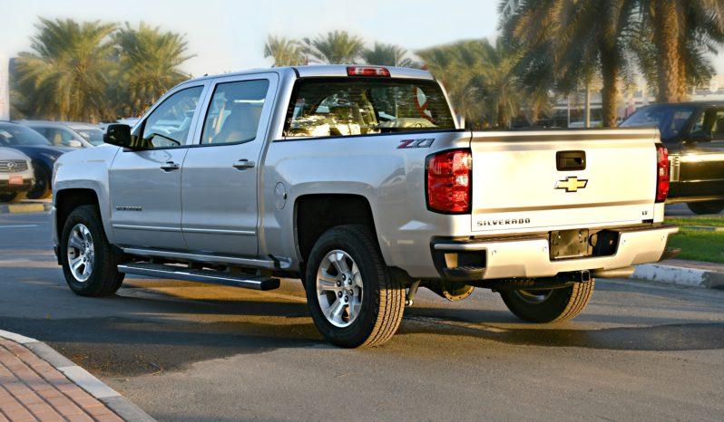 Chevrolet Silverado – 2018 – 5.3L – 4WD – WARRANTY – LIBERTY – 0 DOWNPAYMENT – 3297 AED/MONTH full